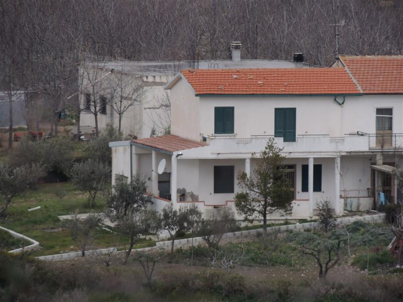 Properties For Sale In Abruzzo Habitable Rustic Cottage